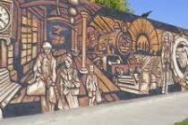 Restauraron el Mural del Centenario en Alicia