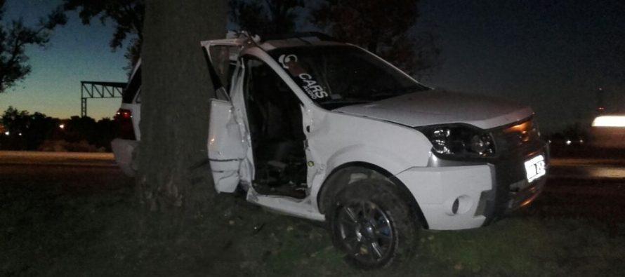 Menor al volante causó accidente. Dos heridos
