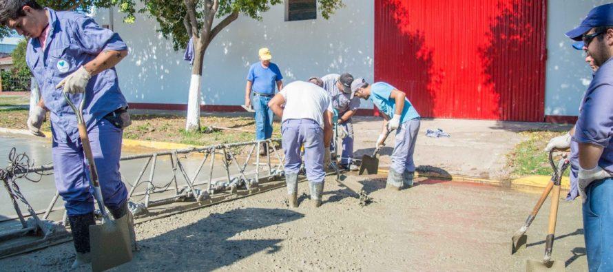 La Municipalidad realiza obras de pavimento y adoquinado en varias calles