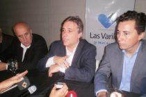 Llaryora entregó planes Vida Digna y elogió la gestión de Chiocarello