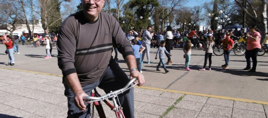 Multitudinaria Bicicleteada Parroquial (1)