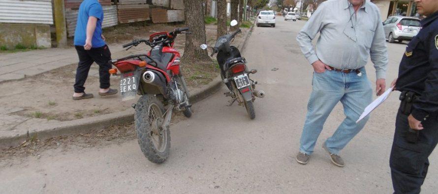 Choque de motos en Alem y Vélez Sársfield