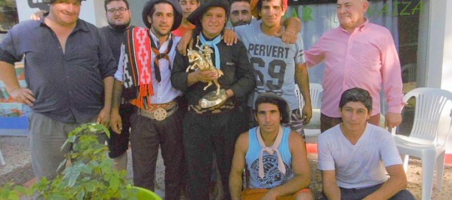 Argentino Zarazaga fue campeón de la Categoría Bastos en Diamante
