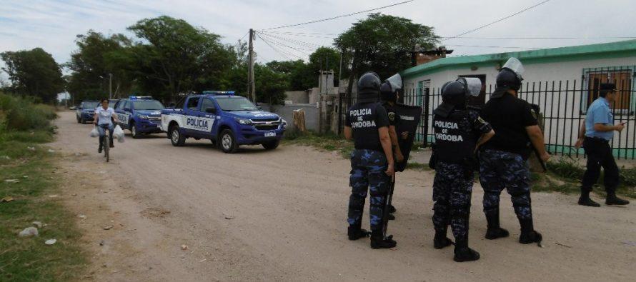 Masivo  procedimiento policial en Barrio Pueblo Chico