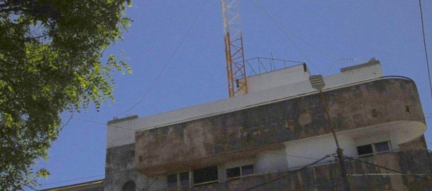 Vecinos están firmando un  petitorio para que no se instale una antena de telefonía celular en un  edificio céntrico