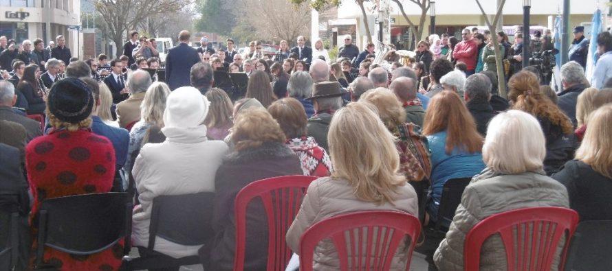 Conmemoraron el Día de la Independencia y los 100 años de la Biblioteca Sarmiento