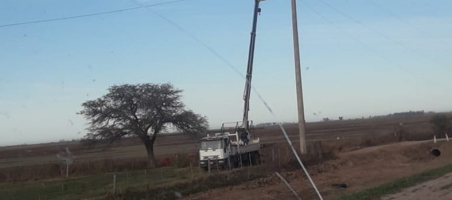 Sigue sin restablecerse el servicio eléctrico en buena parte de la región