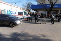 Un auto embistió a un  ciclista en Avellaneda y General Roca