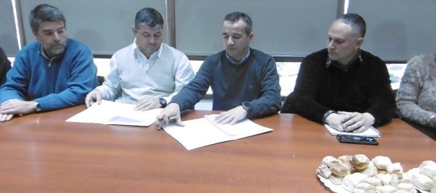 Acuerdo entre la Cooperativa y Redes Argentinas para mejorar el servicio de fibra óptica