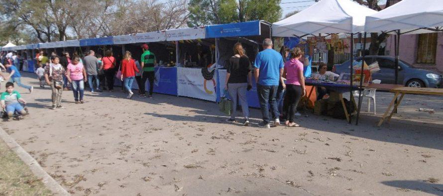 Imágenes de la Expoferia en Plaza Independencia