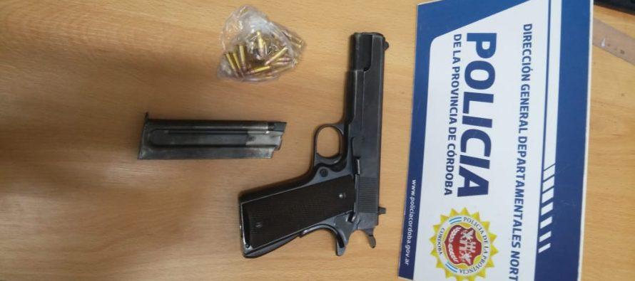 Dos detenidos con un arma y proyectiles, y una riña entre menores, sobresalen en el parte policial