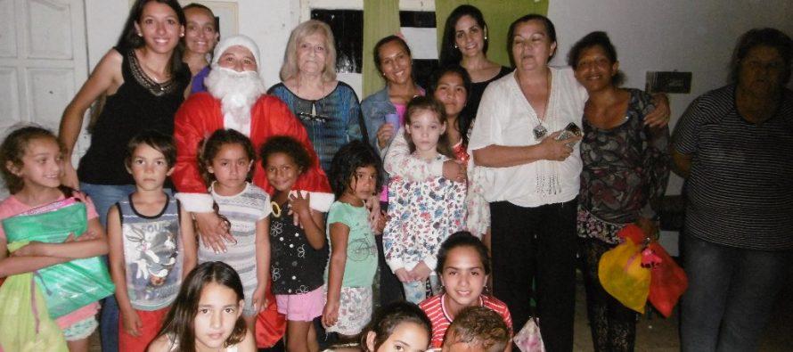 """""""Unidos por una Navidad"""" realizó su penúltima escala solidaria"""