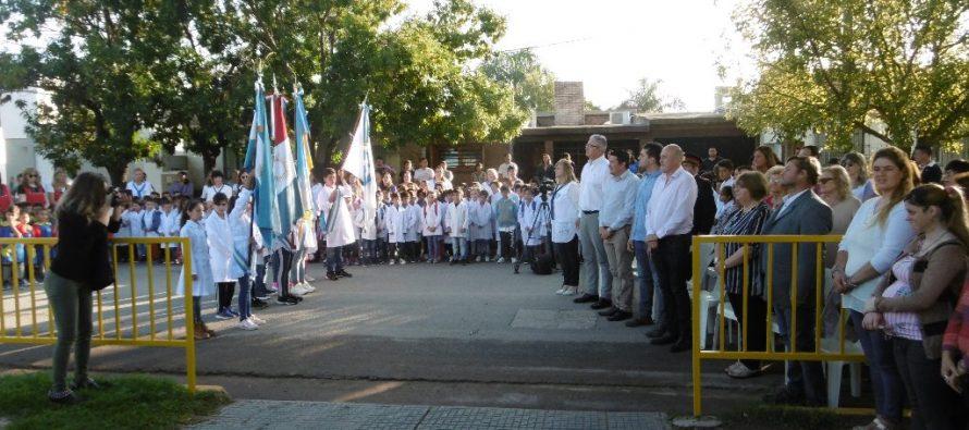 El Intendente inauguró el período lectivo escolar en la Escuela José María Paz