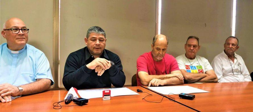 Firma de convenio entre la Cooperativa y entidades benéficas