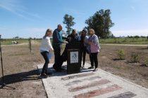 Descubrieron placa en homenaje a Eva Perón