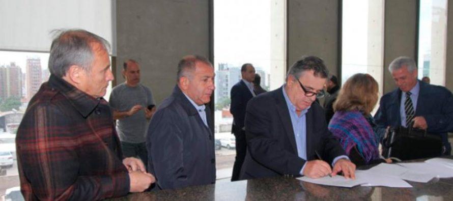 El fiscal Carlos Cornejo fue designado para investigar una denuncia contra Manuel Calvo
