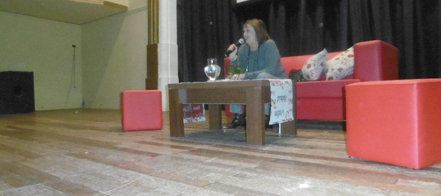 Disertación de Liliana González en Las Varillas