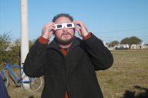 Gran cantidad de gente presenció el eclipse en la ciudad