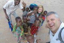 Varillense y su pareja visitaron 102 países en 3 años