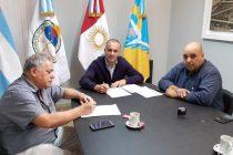 La Municipalidad firmó un convenio con el CeCIP para el pago de impuestos, tasas y contribuciones