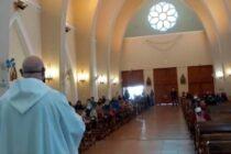 Celebración de  misa con presencia de fieles