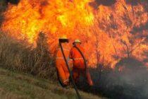 Partió una nueva dotación de relevo de bomberos de Las Varillas hacia las Sierras