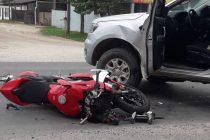 Una moto Ducatti y una camioneta chocaron en Güemes y Ruta 13